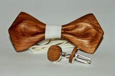 Mens wooden bow tie with pocket square + Wooden Cufflinks. Wood bow tie and cufflinks. Best idea for gift. by woodton on Etsy