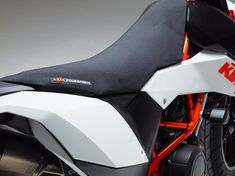 KTM 690 SMC – duyvo.com | DERESTRICTED