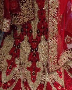 awesome vancouver wedding Bridal Lehenga.#bridal #anarkali#suits#Sarees#gowns#Lehengas#vancouver#desi#fashion#vancouverphotography#vancouverfashion#surreyvancity#lehenga #myvancouverlife#indian#indianfashion#indianwedding#indianfashionblogger#WeddingShopping#weddingbells#fashion#southasianbride#southasianfashion#punjabibride#sikhwedding#wedding#punjabiwedding#indowestern#richmond by @in.vogue.fashion.haus  #vancouverindianwedding #vancouverwedding #vancouverwedding