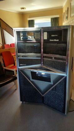 jukebox - Roar's Verden Jukebox, Boxes, School, Crates, Box, Cases, Boxing