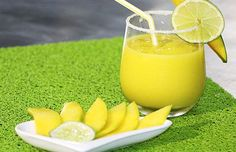 LIMONADA DE MANGO Smoothies, Smoothie Recipes, Mango Verde, Frozen Drinks, Tropical Fruits, Latin Food, Bar Drinks, Beverages, Mixed Drinks
