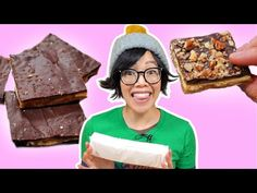 How to Turn Saltine CRACKERS Into CANDY | Tasty $5 Gift - YouTube Saltine Cracker Candy, Cracker Toffee, Saltine Crackers, Cookie Desserts, Holiday Desserts, Just Desserts, Holiday Recipes, Christmas Goodies