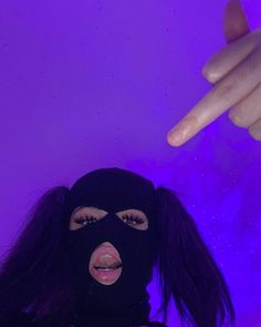 Girl Gang Aesthetic, Film Aesthetic, Purple Aesthetic, Cute Poses For Pictures, Cool Girl Pictures, Cute Couple Pictures, Estilo Gangster, Gangster Girl, Swag Girl Style