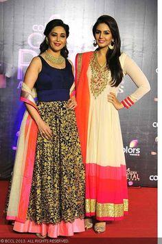 Bollywood divas Madhuri Dixit and Huma Qureshi walk the red carpet at the Colors TV Golden Petal Awards, held at Bandra-Kurla Complex Ground in Mumbai on December 2013 Mehendi Outfits, Pakistani Outfits, Indian Outfits, Bollywood Dress, Bollywood Fashion, Dressy Dresses, Stylish Dresses, Indiana, Indian Celebrities