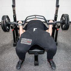 ATX® Parallel-Press-Bar - Camber Bar für effektives Training der Brust-, Rücken-, trizeps- und Schulter-Muskulatur. Schwer belastbar bis 200 KG.   Mehr Informationen findet ihr unter: http://www.megafitness-shop.info/Kraftsport/Hanteln-Gewichte/Hantelstangen/50-mm/ATX-Parallel-Press-Bar-Camber-Bar-inkl-Verschluesse--3670.html