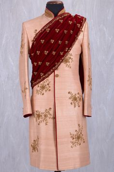 Super wedding guest outfit for men style ideas Wedding Outfits For Groom, Indian Wedding Outfits, Wedding Suits, Wedding Attire, Bridal Outfits, Indian Weddings, Wedding Couples, Indian Groom Dress, Wedding Sherwani