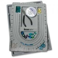Bead-Design-in-Beading-Board-and-Gray-Flock-with-Lid-9-by-13-Inch-0