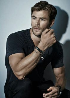 Hemsworth, you know. My heart is beating so fast it's cause your lookkkkk~ ;//////; ohmigawddd