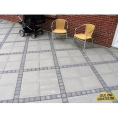 Permeable Driveway, Driveway Landscaping, Patio Courtyard Ideas, Concrete Backyard, Paving Ideas, Keramik Design, Concrete Stone, Patio Wall, Outdoor Curtains