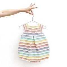 Ravelry: Knitted Rainbow Romper pattern by Marta Porcel Baby Knitting Patterns, Baby Sweater Knitting Pattern, Knitting Designs, Baby Patterns, Free Knitting, Baby Dungarees Pattern, Onesie Pattern, Kimono Pattern, Crochet Romper