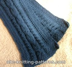 Ravelry: Three-Cable Scarf pattern by Elaine Phillips Lace Knitting Patterns, Scarf Patterns, Free Knitting, Knitted Hats, Cable, Ravelry, Scarf Knit, Knitting Projects, Crocheting