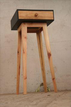 Schubkastenpult mit alter Schublade. #upcycling #DIY