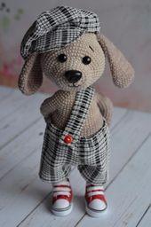 Crochet Bunny Crochet Dolls Knit Or Crochet Crochet Crafts Holiday Crochet Patterns Crochet Animal Patterns Knitted Animals Amigurumi Doll Cosas A Crochet Crochet Bunny, Knit Or Crochet, Cute Crochet, Crochet Animals, Crochet Crafts, Crochet Projects, Knitted Dolls, Crochet Dolls, Crochet Dog Patterns