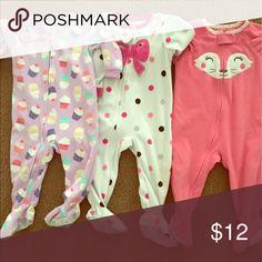 Infant girl pjs GUC slight pulling at knee Carter's Pajamas Sleep Sacks