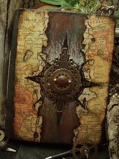 23 DIY Steampunk Bedroom Decor Ideas & Designs, Accessories and Art. - Home Decor Ideas Handmade Journals, Handmade Books, Handmade Notebook, Handmade Pottery, Journal Covers, Book Journal, Art Journals, Book Covers, Altered Books