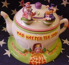 LE Alice Mad Hatter Tea Shop cookie jar
