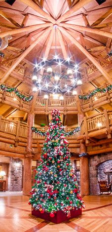 Self-Guided Yuletide Tour: A great way to enjoy the Christmas ambiance at Walt Disney World...FOR FREE!