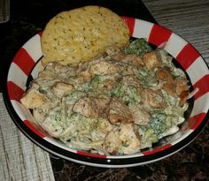 Fettuccine Alfredo with Broccoli and Chicken. #FamousRedPlate