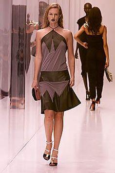 Fendi Spring 2001 Ready-to-Wear Fashion Show - Amy Lemons, Karl Lagerfeld