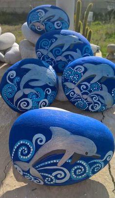 ideas for painting rocks ocean stone art Pebble Painting, Dot Painting, Pebble Art, Stone Painting, Rock Painting Patterns, Rock Painting Ideas Easy, Rock Painting Designs, Stone Crafts, Rock Crafts