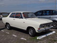 1970 Opel Kadett. Knap he? Met 4 personen en bagage naar Oostenrijk...