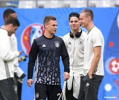 careless whisper♡ I love the way julian looking at kimmich IM DYING