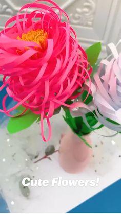 Diy Crafts Hacks, Diy Crafts For Gifts, Cute Crafts, Easy Crafts, Paper Flowers Craft, Flower Crafts, Paper Crafts, Paper Flower Tutorial, Spring Crafts