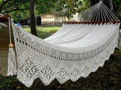 White Queen Hammock (extra thickness 42), with special side embroidery tablecloth by HamacArt