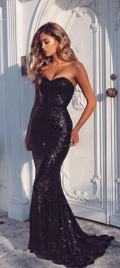 Black Sequins Mermaid Prom Dresses Sexy Sweetheart Neck Evening Gowns