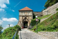 Bratislava Slovakia, Animals Photos, Birds In Flight, Editorial Photography, Photo Booth, Big Ben, Tourism, Castle, June