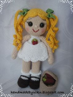 Handmade by Ülkü: Amigurumi My Little Pony and Strawberry Doll / Pony und Erdbeermädchen / Pony ve Cilek Kiz