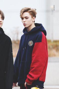Listen to every Seventeen track @ Iomoio Vernon Seventeen, Seventeen Debut, Hip Hop, Woozi, Jeonghan, Youngjae, K Pop, Steven Universe, Vernon Chwe