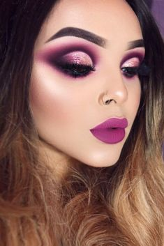 39 Trending Purple Lipstick Shades for 2019 - Make up Augen - Eye Makeup Purple Lipstick Makeup, Purple Makeup Looks, Lipstick Shades, Eyeshadow Makeup, Makeup Brushes, Bright Pink Eye Makeup, Purple Eyeshadow Looks, Yellow Eyeshadow, Makeup Trends