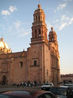 Zacatecas cathedral at day light
