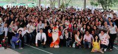 ¡Más de 300 egresados Prepa UNE, volvieron a sus aulas en el Reencuentro 45-20! - Universidad del Noreste