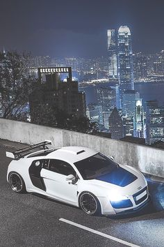 Audi R8 in white, not the best colour but looks awesome on this model