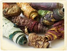 Mixed media textile art beads hand made with Tyvek - purple pink gold green and shimmering Art Textile, Textile Jewelry, Fabric Jewelry, Jewellery, Fabric Bracelets, Fabric Beads, Paper Beads, Textiles, Art Perle