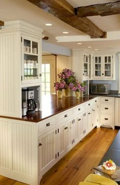 Modern Farmhouse Kitchen Cabinet Ideas (34)