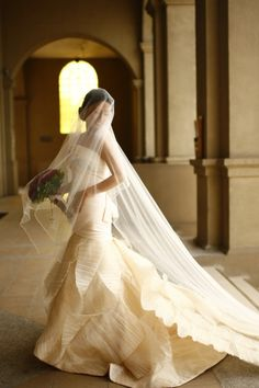 Real Bride in Mermaid Francis Libiran The different layers gives the dress an interesting look