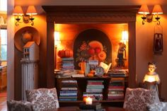 autumn books, and a cool blog post touring her autumn decorating at http://www.sugarpiefarmhouse.com/aunt-ruthies-autumn-home-tour