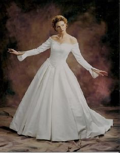 long sleeve wedding dress gown