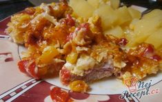 A great choice for a lunchtime lunch. Pork, a vegetable coat and grated cheese on top. Czech Recipes, Ethnic Recipes, Snack Recipes, Snacks, Hungarian Recipes, Grated Cheese, Macaroni And Cheese, Seafood, Pork