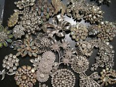 how to make a brouch bouquet My Creative Bliss: Brooch Bouquet