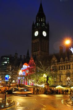 Manchester Christmas Market - (Friday 15 November – Sunday 22 December This year the market will be celebrating its year and will take over nine different spaces around the city, each with its own distinct character and atmosphere: Albert Square Manchester Christmas Markets, London Christmas, Christmas Travel, England Christmas, Christmas Time, Christmas Ideas, Holiday, Christmas Party Venues, Level Design