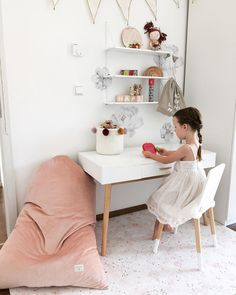 Cute Desk, Happy Birthday, Office Desk, Playroom, Beautiful Homes, Interior, Modern, Inspiration, Sunset