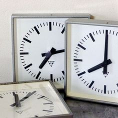 [ horloge industrielle ]  http://www.chezlesvoisins.fr/product/what-time-is-it#
