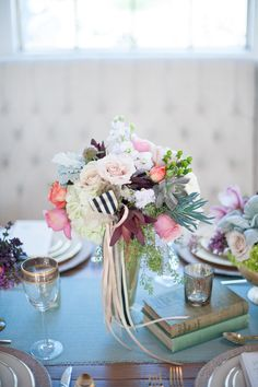 Love the idea of ribbons in the centerpiece