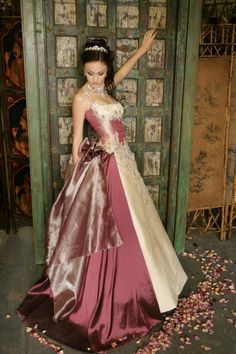 Immagika Wedding Gowns - The Bali collection. Definitely going to keep this in mind for the future! Wedding Groom, Wedding Gowns, Fantasy Gowns, All About Fashion, Victorian Fashion, Bridal Style, Ball Gowns, Couture, Elegant