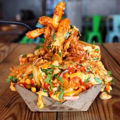 You may hate me but it ain't no lie baby fry fry fry. These kimchi chicken fries from just blew my frickin' mind--like off! by ccbymwilliams I Love Food, Good Food, Yummy Food, Dirty Fries, Food Porn, Popsugar Food, Food Platters, Food Goals, Snacks