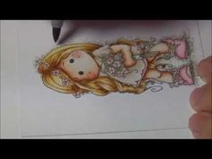 In this video I show you how I color this cute image with my Copic Marker. When you will see my finished card, hop over to my personal blog: http://www.deede...